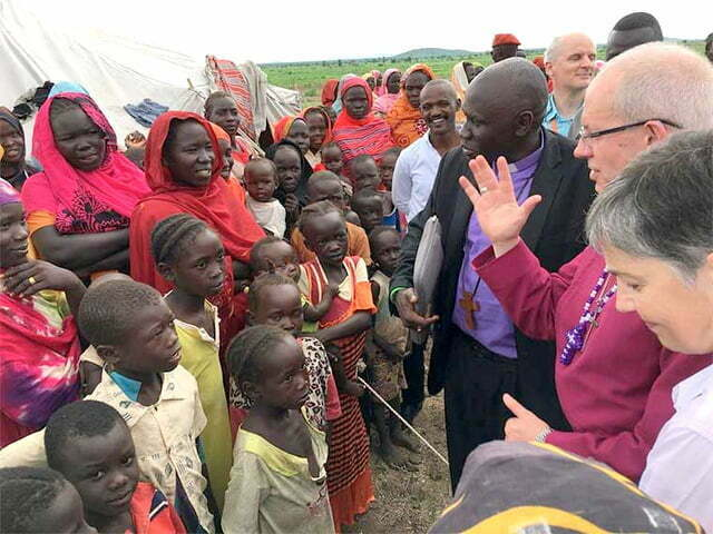 Archbishop-Justin-Welby-meeting-South-Sudanese-refugees