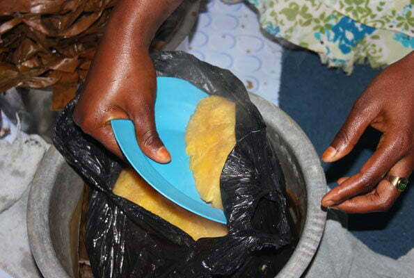 Cooking food in polythene bags has health hazards