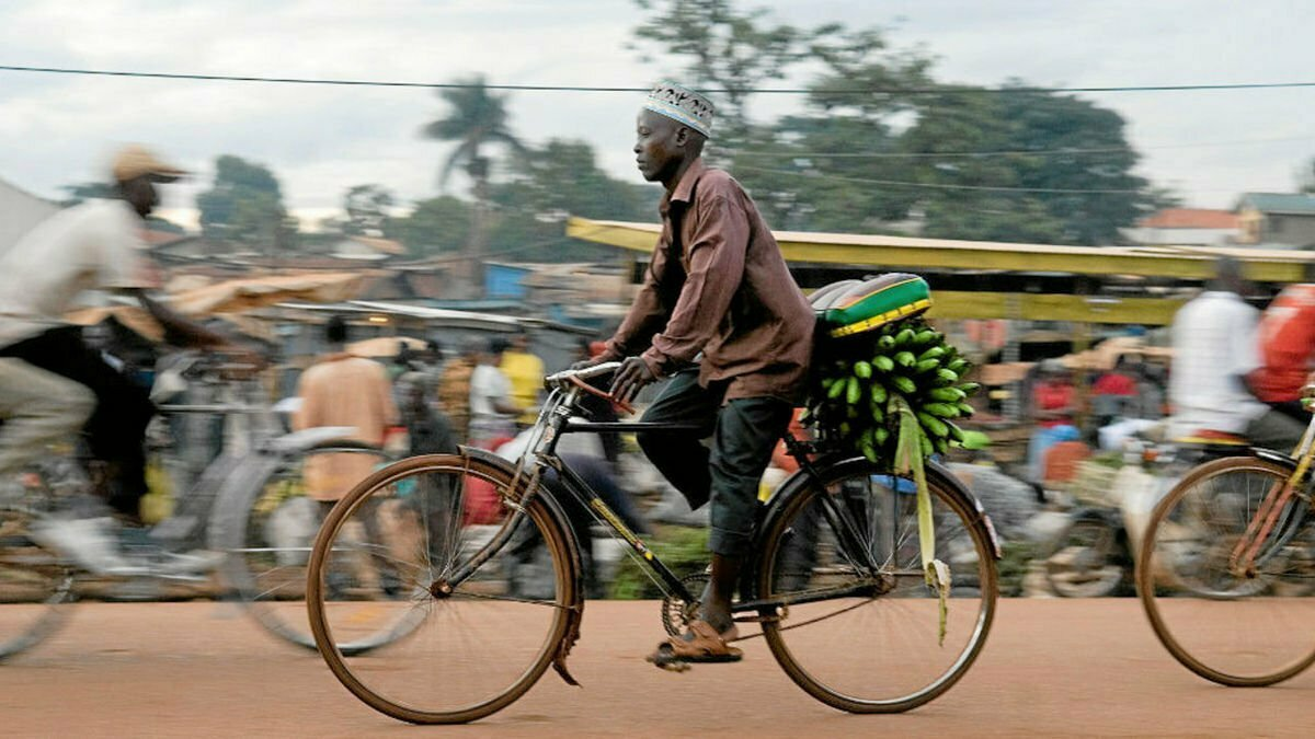 Bicycle boda boda transport thriving in Kampala