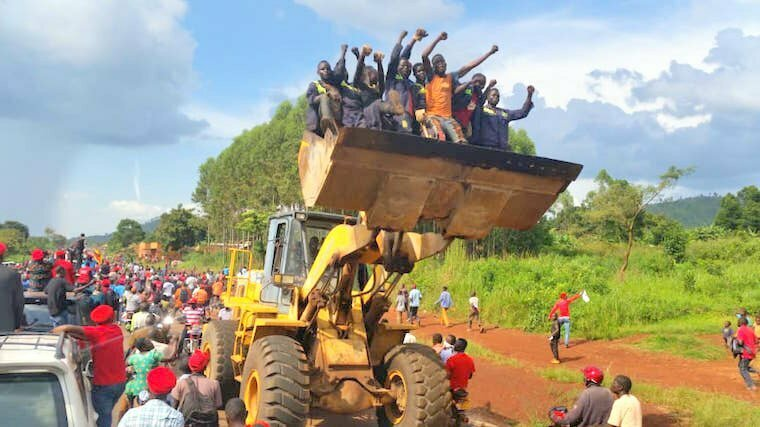 Opposition-supporters-in-Hoima