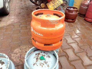 Vendors repainting gas cylinders, resale them as high-priced brands