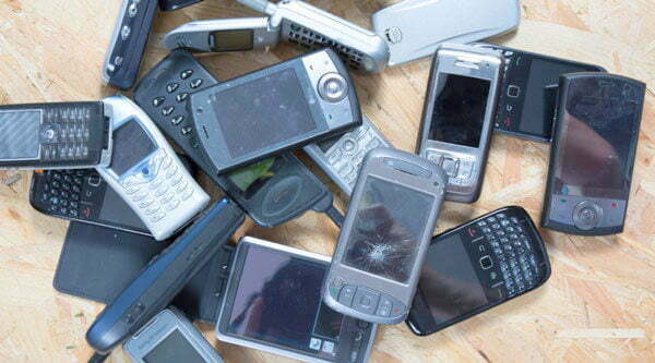 Uganda police starts electronic data bank for suspected stolen phones
