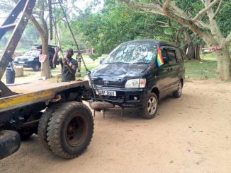 Uganda police sets up towing charges for vehicles, motorcycles