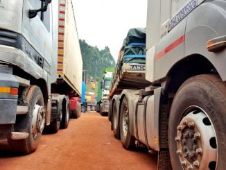 transit-trucks-crossing-into-uganda