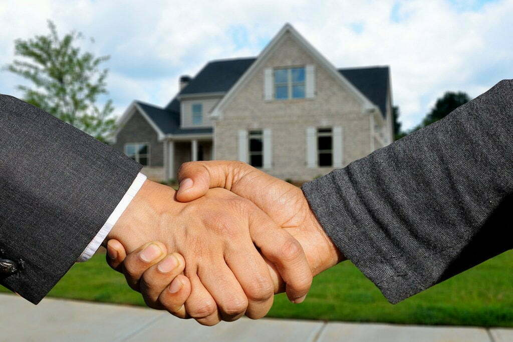 7 must-ask questions before you make an offer