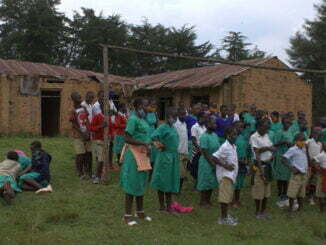 Pupils in danger due to lack of funds to fuel canoes to cross Lake Bunyonyi