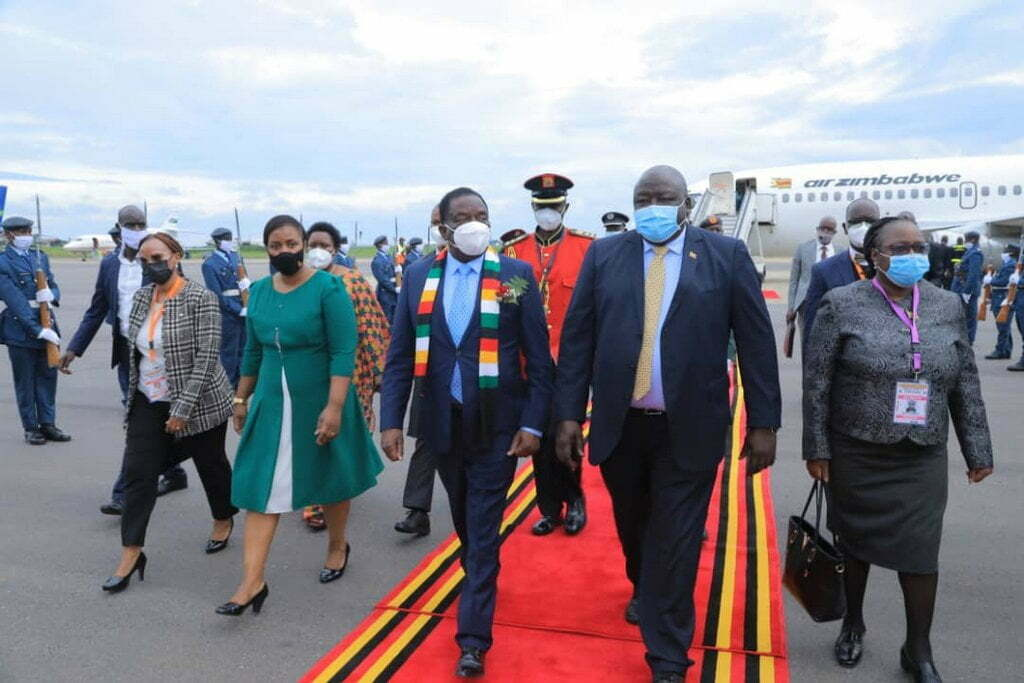 Zimbabwe's president Emmerson Mnangagwa also arrived in Uganda for the swearing-in ceremony of President Museveni.