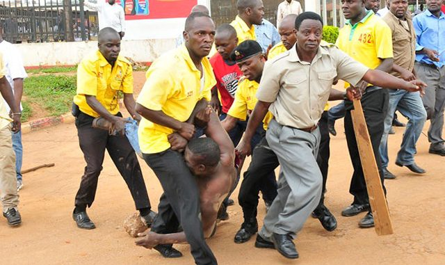 KCCA embarks on evicting street vendors to mitigate spread of COVID-19